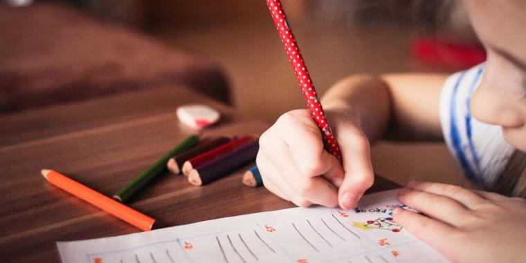 Cum poți sprijni copilul în procesul de învățare – personalizarea învățării